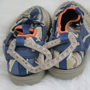 Keen Shoes - KEEN Uneek Two-Cord Sandals Camo Navy Army Green 9